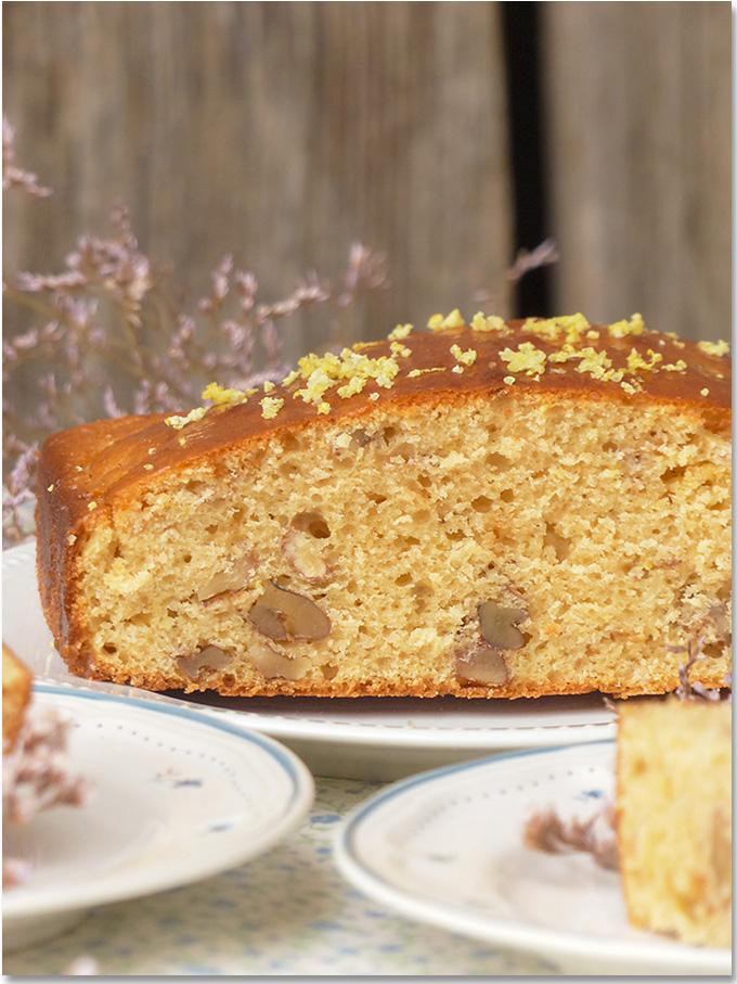 Lemon-cake-aux-noix-et-gingembre