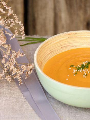Soupe à la carotte, pamplemousse et curcuma
